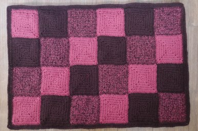 mat-of-crochet-squares
